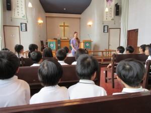 閉会礼拝では、皆で、守ってくださった神様に感謝しました。