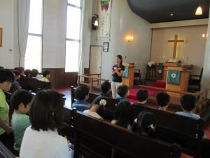 8月20日同窓会。まず礼拝からです。みんなしっかり主の祈りも覚えていました。