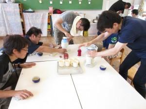 それから、夕涼み会のかき氷と、フランクフルトの製造練習をしていただきました。