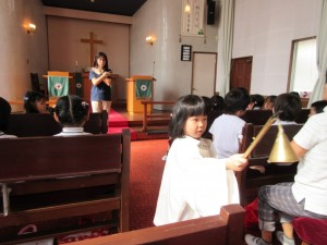 まずは開会礼拝です。