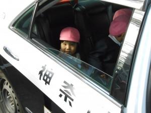 パトカーって、乗り心地いいのね。