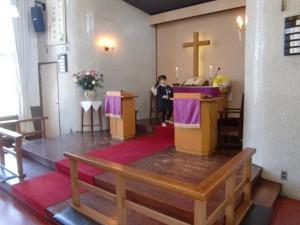礼拝の中で、東日本大震災を覚えて、献金をします。