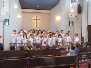 ゆりさんもお祝いの歌を歌ってくれました。