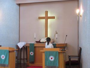 消灯。礼拝の終わりです。