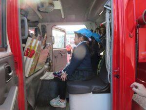 消防車にも乗らせて頂きました。