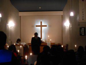 園長先生より、世の光であるイエス様のお話を聞きました。