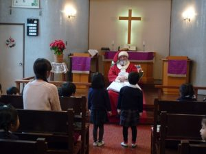 ゆりさんが代表して、サンタさんに質問をしました。